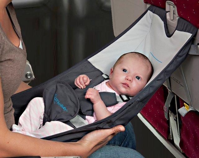 Flyebaby-Airplane-Baby-Seat